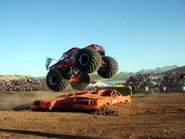 monster-truck-accidente-chihuahua-071013_gde